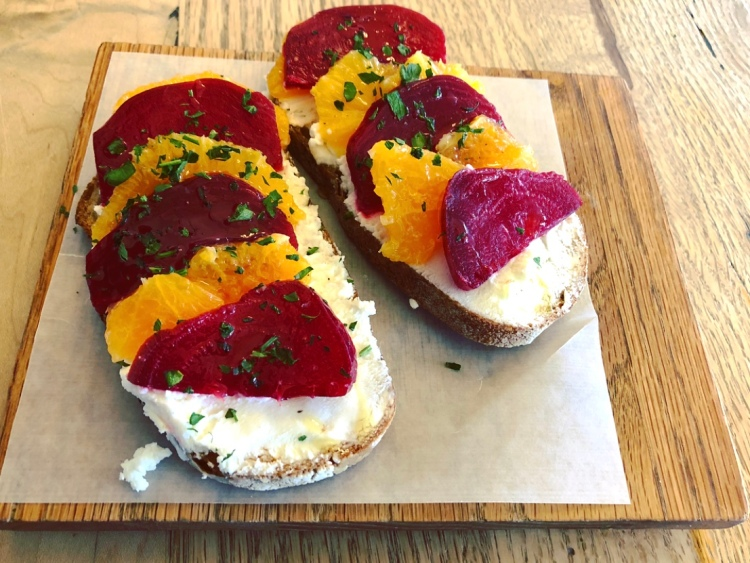 Beets and orange with chèvre
